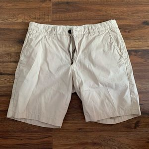 H&M Mens Khaki Shorts 32